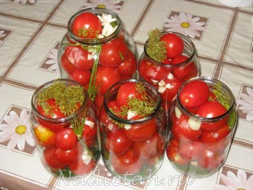konservirovannye-pomidory-125266.jpg